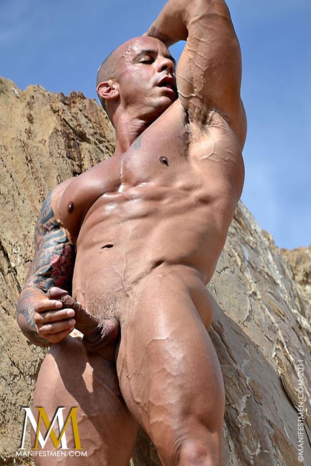 Vin Marco at Manifest Men Naked Gay BodyBuilder Download Full Movie torrents 04 - Vin Marco - Naked Bodybuilder