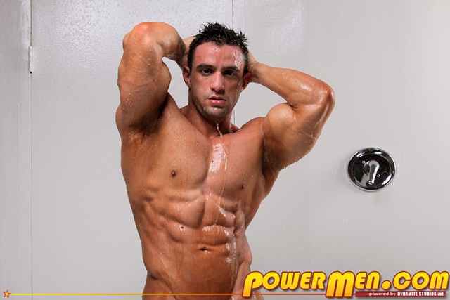 bodybuilder gay torrent