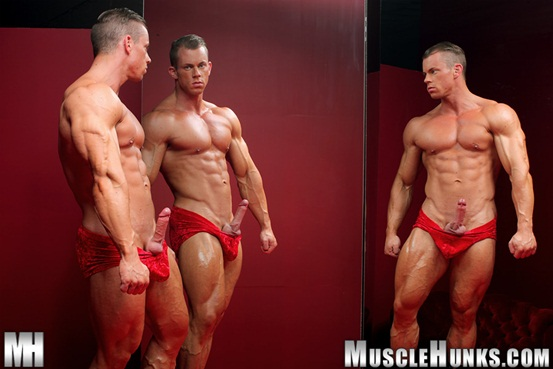 Naked muscle bodybuilder Otto Mann jerks his rock hard cock 04 Ripped Muscle Bodybuilder Strips Naked and Strokes His Big Hard Cock torrent photo1 - Naked muscle bodybuilder Otto Mann jerks his rock hard cock