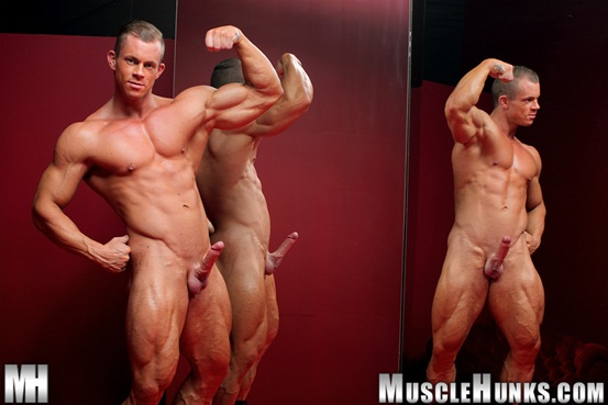 Naked muscle bodybuilder Otto Mann jerks his rock hard cock 06 Ripped Muscle Bodybuilder Strips Naked and Strokes His Big Hard Cock torrent photo1 - Naked muscle bodybuilder Otto Mann jerks his rock hard cock