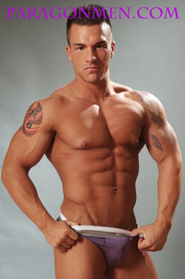 Gay porn pics 04 Muscled sex bodybuilder Braden Charron Paragon Men all american boy naked muscle men nude bodybuilder photo - Muscled sex bodybuilder Braden Charron