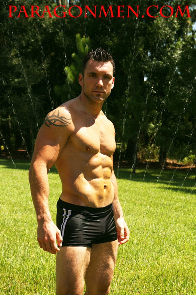 Gay-porn-pics-05-Nude-Bodybuilder-TStrength-Chiseled-perfection-Paragon-Men-all-american-boy-naked-muscle-men-nude-bodybuilder-photo