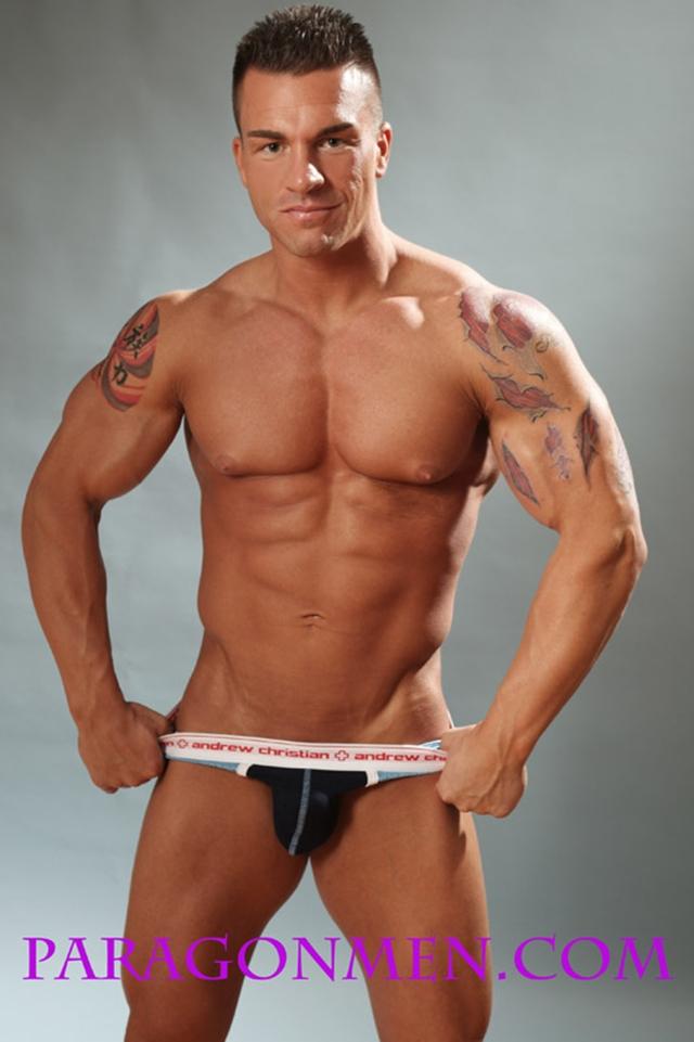 Gay porn pics 08 Muscled sex bodybuilder Braden Charron Paragon Men all american boy naked muscle men nude bodybuilder photo - Muscled sex bodybuilder Braden Charron