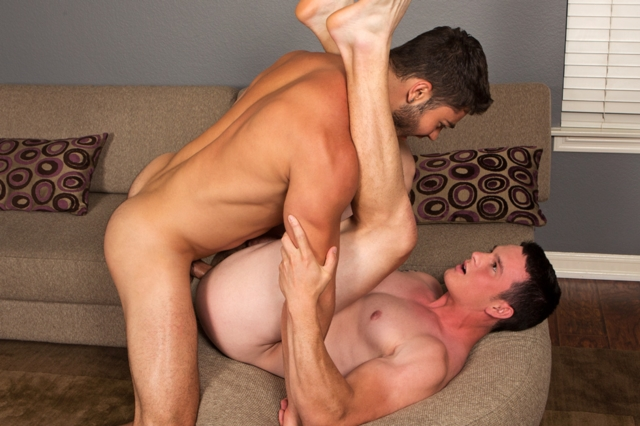 Tanner and Charlie SeanCody bareback gay ass fuck American boys men ripped abs muscle jocks raw butt fucking sex porn 04 pics gallery tube video photo - Tanner and Charlie gay bareback fucking