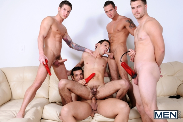 Cooper-Reed-and-Jimmy-Johnson-Men-com-Gay-Porn-Star-hung-jocks-muscle-hunks-naked-muscled-guys-ass-fuck-group-orgy-02-gallery-video-photo