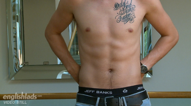 Jamie-Stevens-EnglishLads-naked-boy-cock-British-young-nude-boys-uncut-big-cocks-foreskin-ripped-hard-abs-03-gallery-video-photo