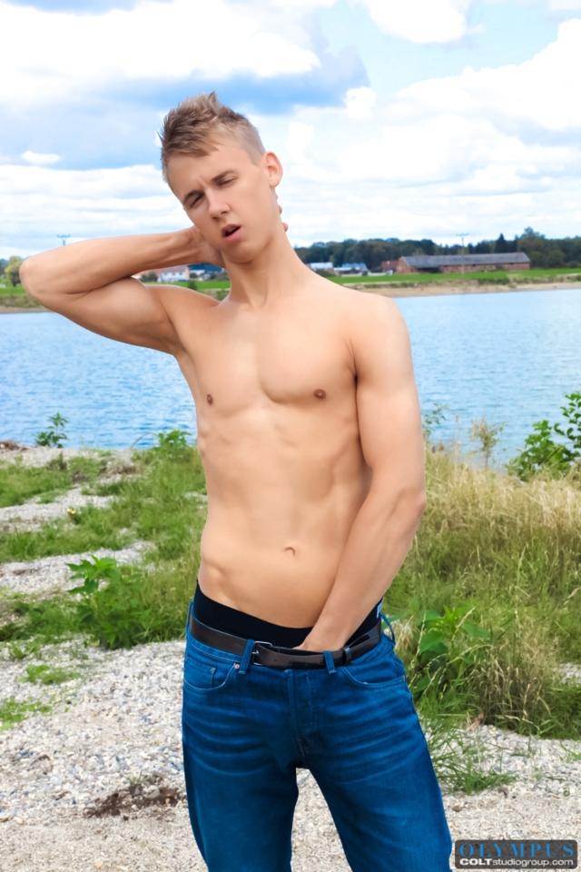 Chris-Hollander-Colt-Studios-gay-porn-stars-hairy-muscle-men-young-jocks-huge-uncut-dicks-01-gallery-video-photo