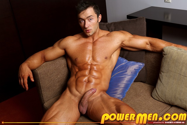 Free Gay Muscle Hunks 60