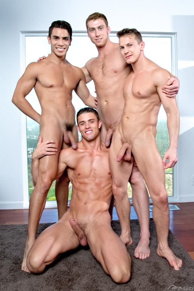 фото голых геи