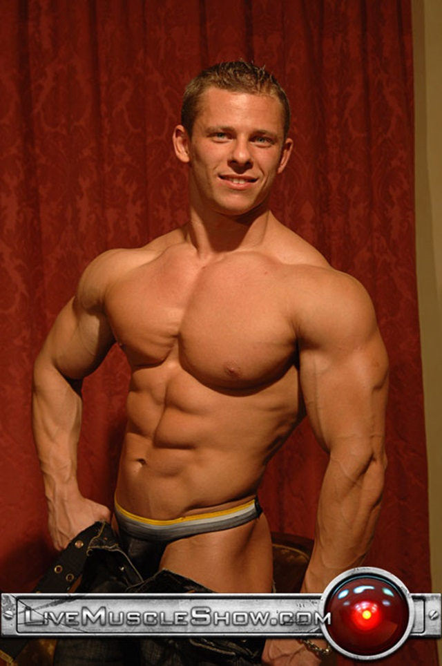 Johnny-Dirk-Live-Muscle-Show-Gay-Porn-Naked-Bodybuilder-nude-bodybuilders-gay-fuck-muscles-big-muscle-men-gay-sex-003-gallery-video-photo