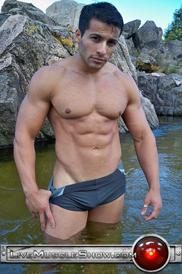 Benjamin-Jackson-Live-Muscle-Show-Gay-Porn-Naked-Bodybuilder-nude-bodybuilders-gay-fuck-muscles-big-muscle-men-gay-sex-001-gallery-video-photo
