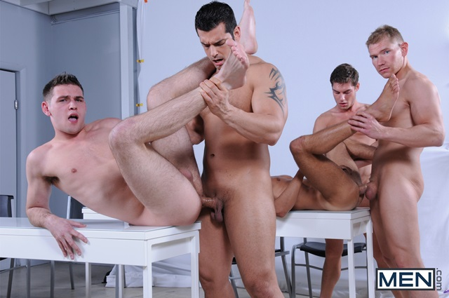 Alex-Adams-and-Duncan-Black-Men-com-Gay-Porn-Star-hung-jocks-muscle-hunks-naked-muscled-guys-ass-fuck-group-orgy-009-gallery-photo