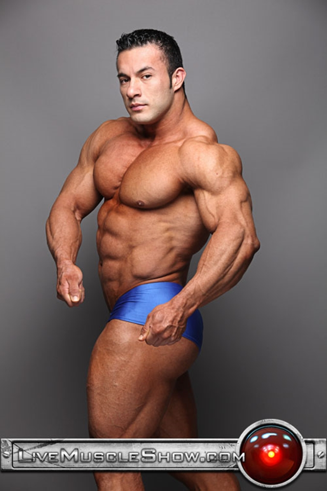 Live-Muscle-Show-ripped-muscle-hunk-Anton-Buttone-power-sexy-Italian-Stallion-muscleman-fantasy-008-male-tube-red-tube-gallery-photo