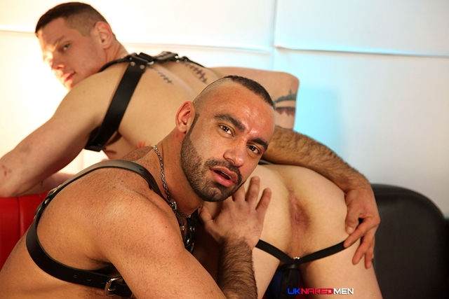 Tony-Thorn-and-Blue-Bailey-UKNakedMen-hairy-young-men-muscle-studs-British-gay-porn-English-Guys-Uncut-Cocks-005-male-tube-red-tube-gallery-photo