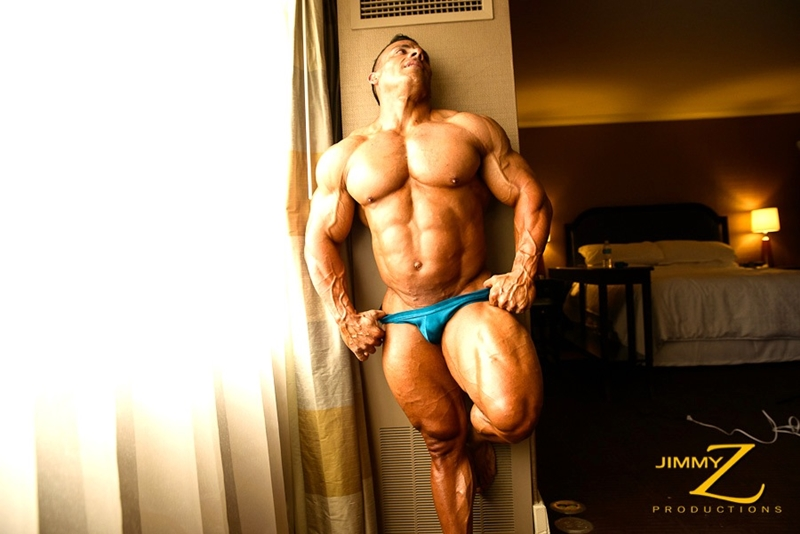 JimmyZProductions-Markus-Ranger-oil-flexes-huge-pecs-huge-biceps-thong-shredded-glutes-world-class-bodybuilder-001-nude-men-tube-redtube-gallery-photo