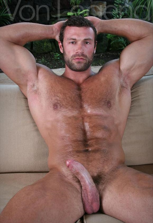 Legend-Men-nude-bodybuilder-bearded-hairy-chested-hunk-Von-Legend-aka-Matt-Davis-strips-bare-big-muscle-dick-006-male-tube-red-tube-gallery-photo