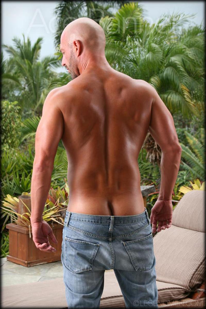 LegendMen-shaved-head-muscled-bodybuilder-Ace-Banner-strips-naked-masturbates-big-muscle-dick-hard-erect-004-male-tube-red-tube-gallery-photo