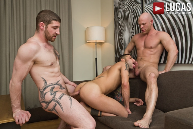Lucas-Entertainment-two-cocks-one-asshole-Jonathan-Agassi-Jeff-Stronger-Marco-Milan-bottom-guy-bitch-014-male-tube-red-tube-gallery-photo