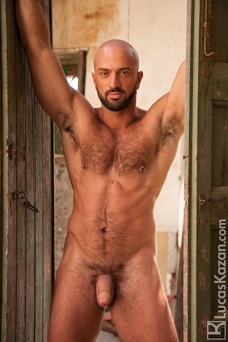 LucasKazan-Italian-newcomer-Bruno-Boni-winner-Rome-Ettore-ITALIANS-OTHER-STRANGERS-chiseled-body-bedroom-eyes-010-tube-download-torrent-gallery-photo