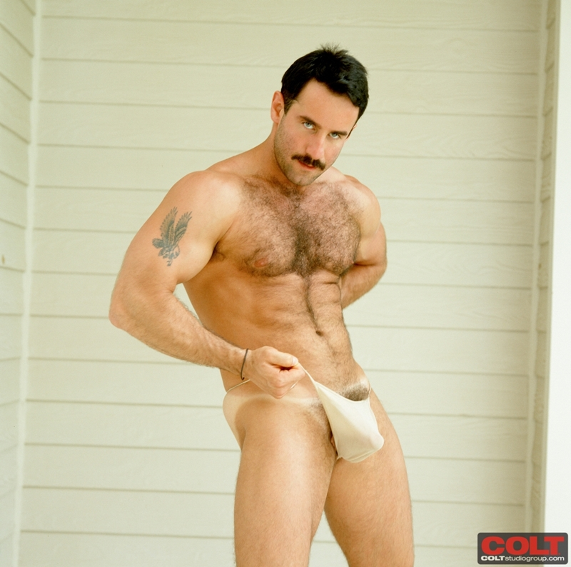 ColtStudios-hot-sexy-masculine-muscled-body-dark-hair-big-cock-hairy-chest-muscle-bodybuilder-Steve-Kelso-colt-man-icon-005-tube-download-torrent-gallery-sexpics-photo