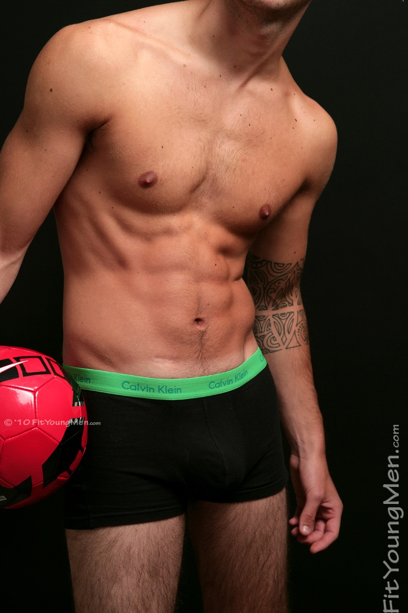 FitYoungMen-Bradley-Carlton-Straight-Footballer-Age-21-years-old-naked-athletic-men-ripped-nude-men-nude-athletic-men-nude-young-man-002-tube-download-torrent-gallery-sexpics-photo