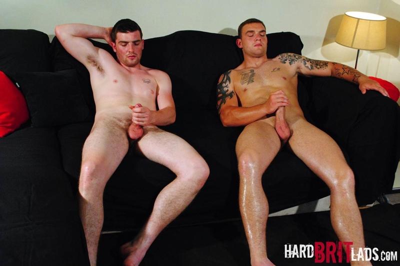 HardBritLads-Big-beefy-Lee-Andrews-Sean-Andrews-jerk-off-built-muscular-brother-bodybuilding-shoots-huge-thick-jizz-explosive-cumshots-016-tube-download-torrent-gallery-photo