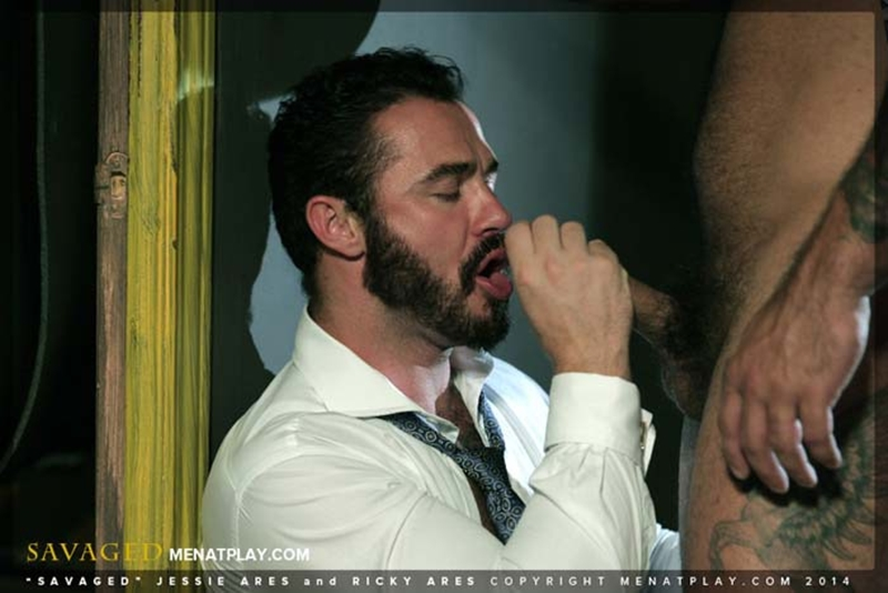 MenatPlay-Jessy-Ares-real-life-boyfriend-fucking-hard-muscular-ass-Ricky-Ares-beefy-barman-suited-dressed-gay-office-sex-muscled-hunks-007-tube-download-torrent-gallery-sexpics-photo