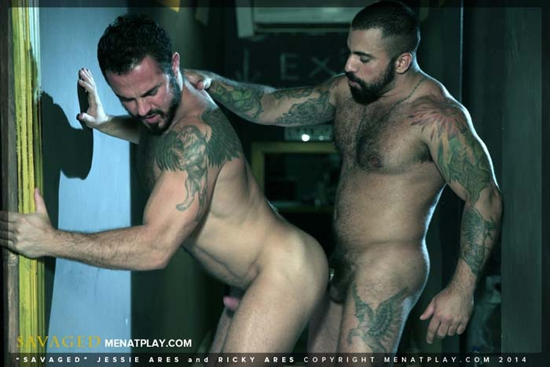 MenatPlay-Jessy-Ares-real-life-boyfriend-fucking-hard-muscular-ass-Ricky-Ares-beefy-barman-suited-dressed-gay-office-sex-muscled-hunks-015-tube-download-torrent-gallery-sexpics-photo