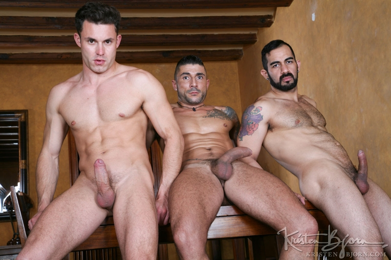 KristenBjorn-Max-Toro-Angle-Lobo-tag-team-James-Castle-bareback-fucking-rimming-cocksucking-raw-asshole-big-cock-012-tube-download-torrent-gallery-sexpics-photo