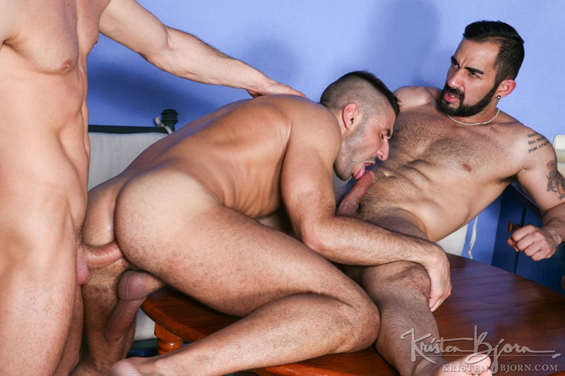 KristenBjorn-Max-Toro-Angle-Lobo-tag-team-James-Castle-bareback-fucking-rimming-cocksucking-raw-asshole-big-cock-017-tube-download-torrent-gallery-sexpics-photo