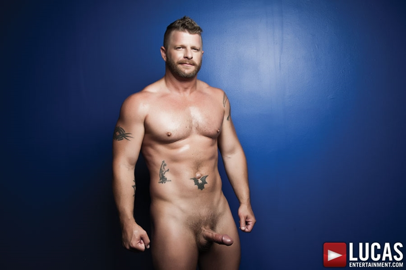 LucasEntertainment-Brent-Alex-Jeremy-Stevens-submissive-bottom-bareback-age-difference-hardcore-daddy-son-fantasy-004-tube-download-torrent-gallery-sexpics-photo
