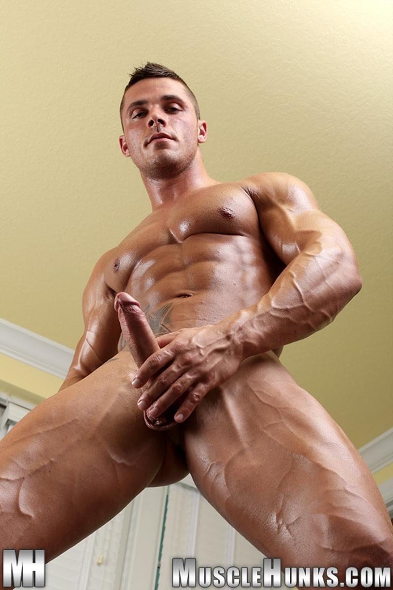 Joey Van Damme  Musclehunks  Naked Men Pics  Vids-1940