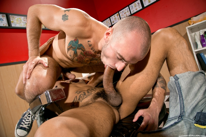 RagingStallion-Boomer-Banks-Cam-Christou-tattoo-muscled-torsos-blowjob-asshole-erection-abs-monster-big-dick-005-tube-download-torrent-gallery-sexpics-photo