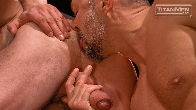 TitanMen-sex-club-Mack-Manus-Hans-Berlin-sucks-smooth-muscles-flex-rock-hard-cock-balls-deep-boner-012-tube-download-torrent-gallery-sexpics-photo