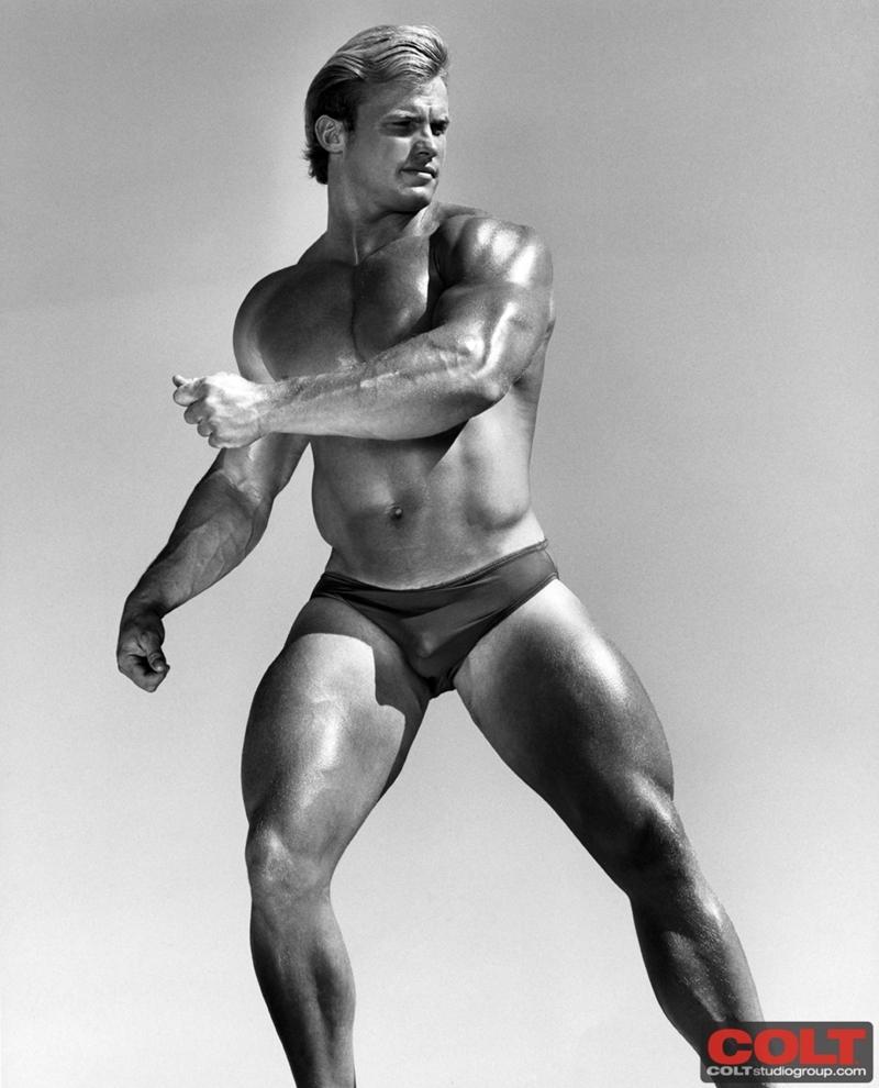 ColtStudios-muscular-blonde-Man-Devlin-California-stud-vintage-gay-porn-star-legend-beautiful-naked-men-002-tube-download-torrent-gallery-sexpics-photo