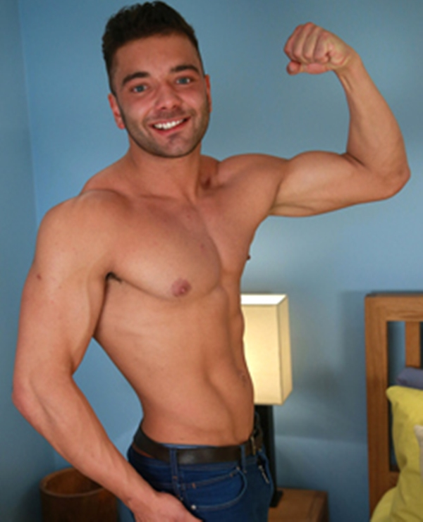 EnglishLads-George-Perkins-young-straight-smooth-chest-muscle-guy-tattoos-boxers-huge-uncut-cock-cumshot-001-tube-download-torrent-gallery-sexpics-photo