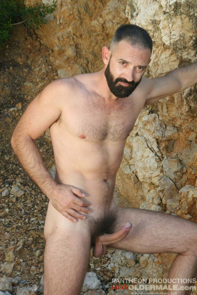 Hotoldermale-Jota-Salaz-hot-Spanish-bottom-furry-American-muscle-bears-hairy-chested-older-mature-gay-men-004-tube-download-torrent-gallery-sexpics-photo