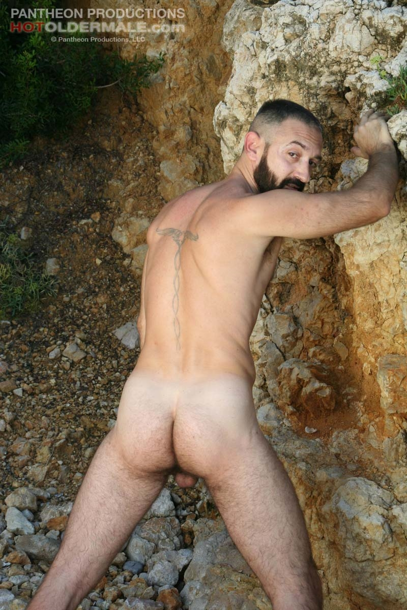 Hotoldermale-Jota-Salaz-hot-Spanish-bottom-furry-American-muscle-bears-hairy-chested-older-mature-gay-men-014-tube-download-torrent-gallery-sexpics-photo