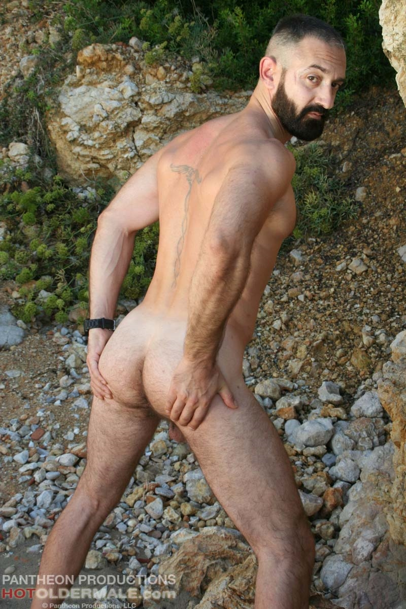 Hotoldermale-Jota-Salaz-hot-Spanish-bottom-furry-American-muscle-bears-hairy-chested-older-mature-gay-men-016-tube-download-torrent-gallery-sexpics-photo