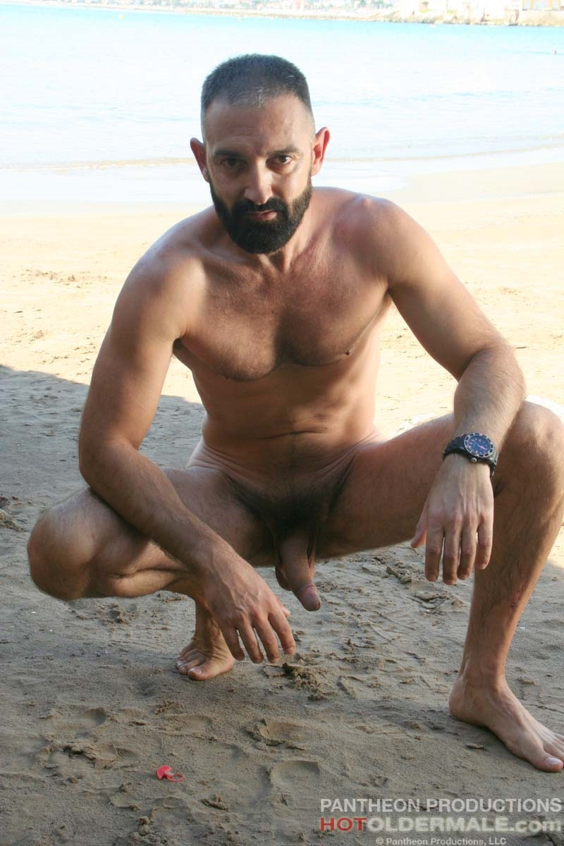 Hotoldermale-Jota-Salaz-hot-Spanish-bottom-furry-American-muscle-bears-hairy-chested-older-mature-gay-men-018-tube-download-torrent-gallery-sexpics-photo