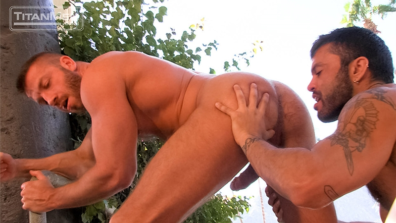 TitanMen-Hunter-Marx-muscle-hairy-Rogan-Richards-stud-foreskin-fucks-bottom-ass-fingering-huge-uncut-cock-big-wad-012-tube-download-torrent-gallery-sexpics-photo