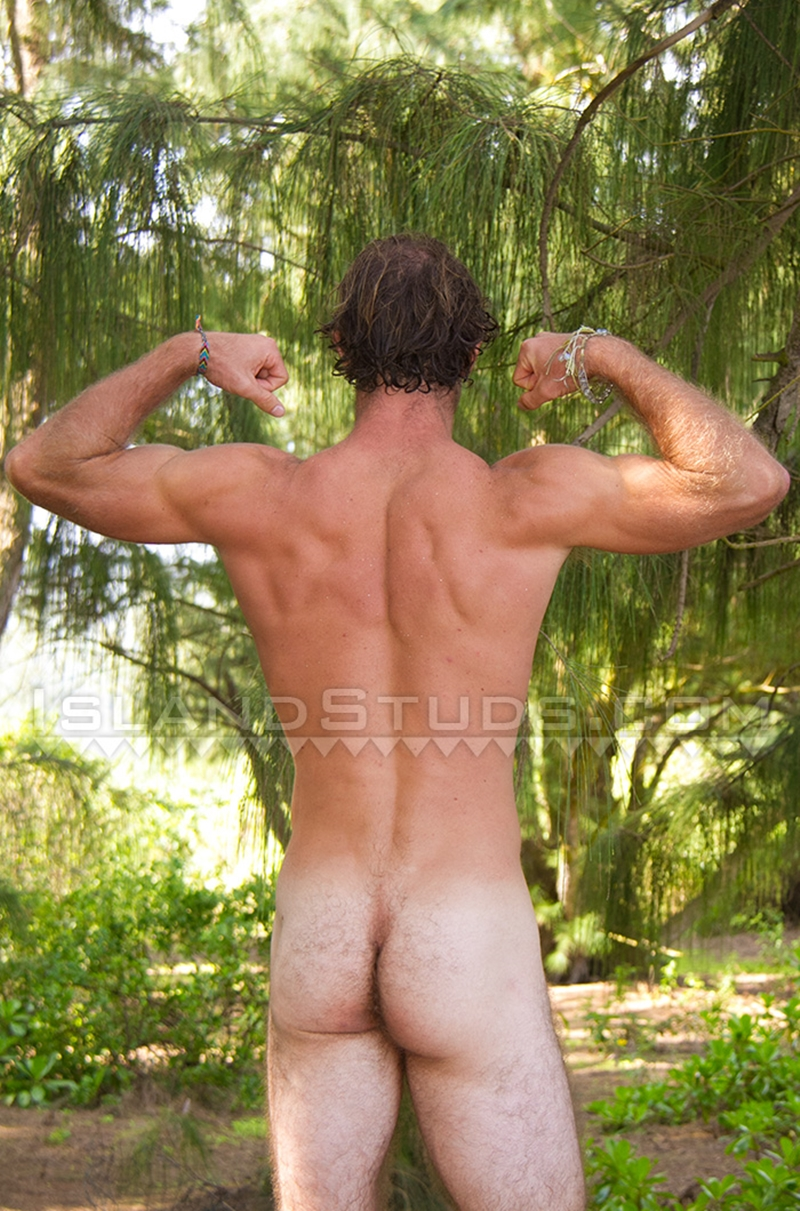 Free pics of naked men