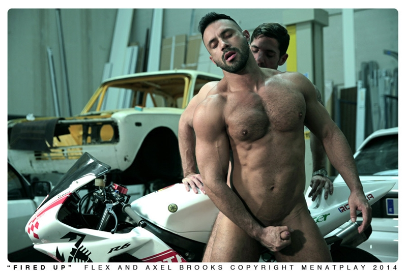 MenatPlay-Sexy-tattoo-Axel-Brooks-motorbike-rider-Flex-Xtremmo-leather-Power-bottom-muscle-cock-asshole-huge-cumshot-018-tube-video-gay-porn-gallery-sexpics-photo