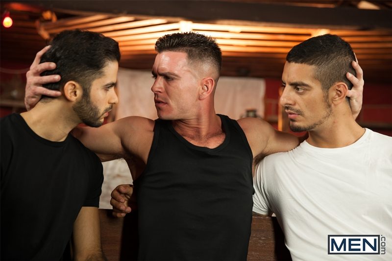 Men-Of-Uk-Paddy-OBrian-Tony-Milan-and-John-Hinkel-fuck-orgy-ass-fucking-butt-asshole-rimming-cocksucker-007-tube-video-gay-porn-gallery-sexpics-photo