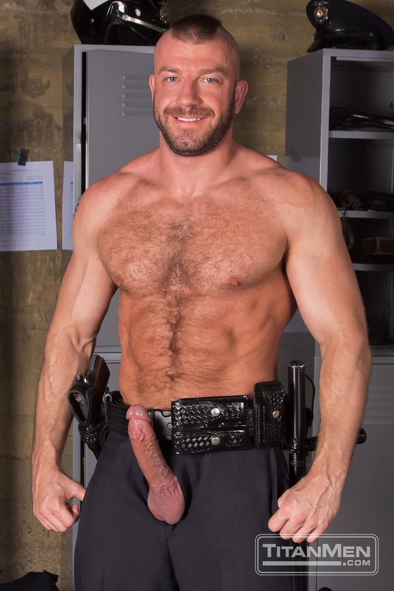 TitanMen-Hunter-Marx-fucks-Damien-Stone-licking-butthole-muscle-bottom-stud-hairy-asshole-rimming-cocksucking-003-tube-video-gay-porn-gallery-sexpics-photo