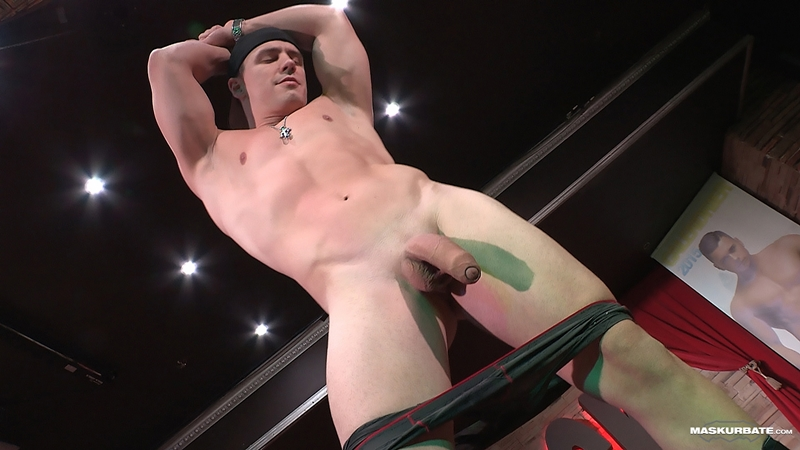 A Smooth Fitness Body And A Huge Uncut Cock Makes Male -4802