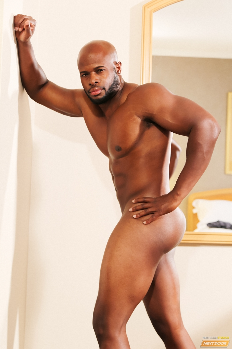 from Alexzander free video of gay muscular black man