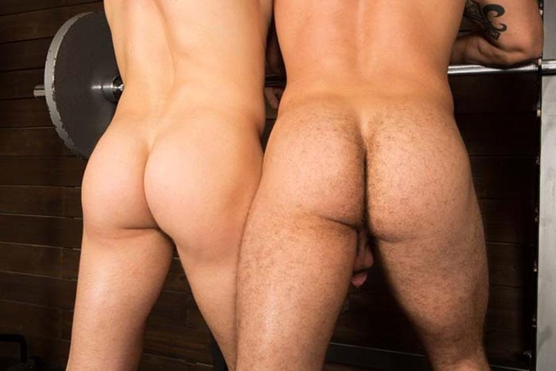 SeanCody-ripped-muscled-stud-Brodie-bareback-fucks-Brendan-big-erect-uncut-dick-bubble-butt-ass-cheeks-man-hole-muscle-cum-006-gay-sex-porno-porn-pics-gallery-photo