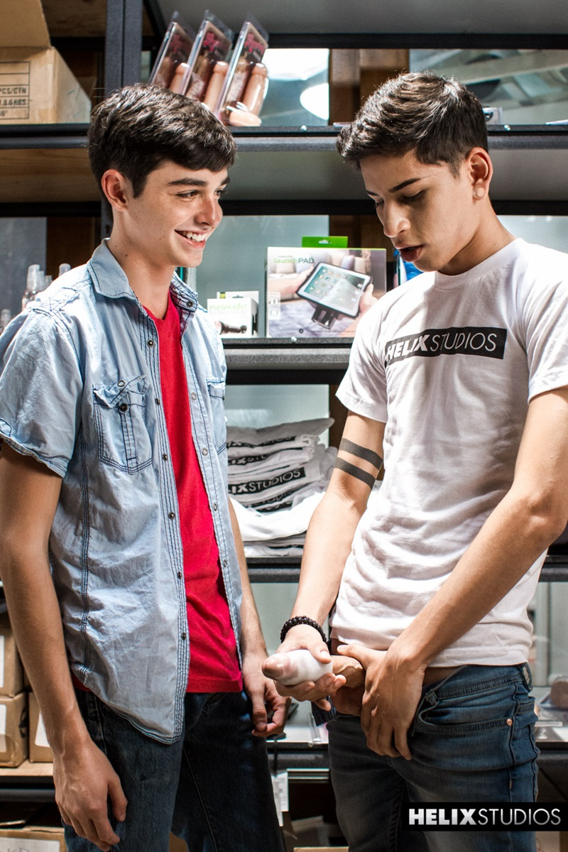 HelixStudios-cute-boys-Aiden-Garcia-Grayson-Lange-sex-toy-dildo-assplay-boys-ass-fucking-cum-shot-load-06-gay-porn-star-sex-video-gallery-photo