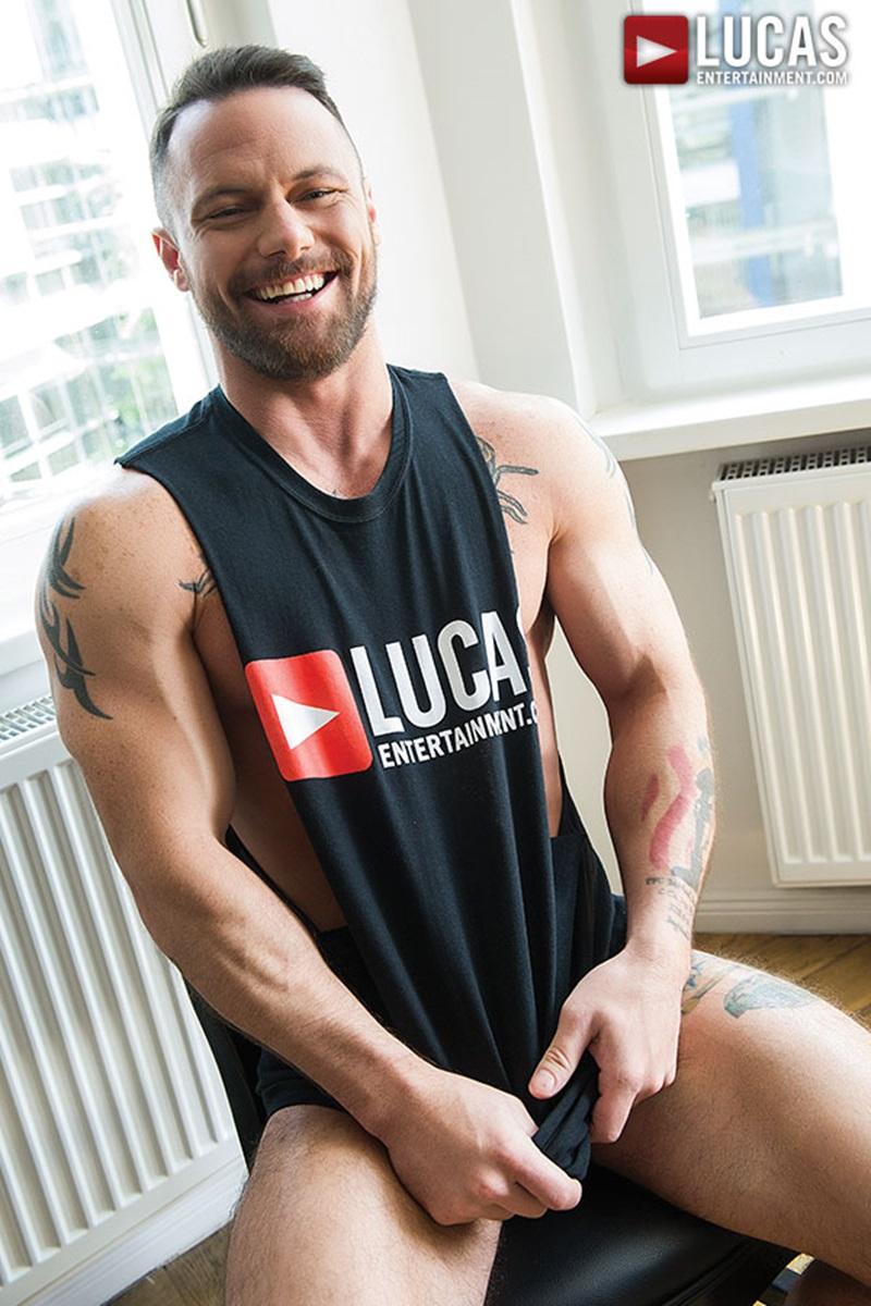 LucasEntertainment-sexy-naked-muscle-tattoo-men-Sergeant-Miles-uncut-Aussie-huge-cock-versatile-flip-flop-fucking-Michael-Lachlan-butt-09-gay-porn-star-sex-video-gallery-photo